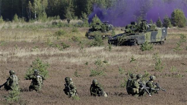 Des soldats des Forces armées canadiennes déployés en Lettonie. (archives)