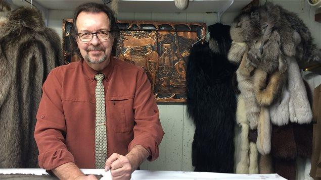 Serge Boulanger exerce le métier de fourreur depuis 40 ans.