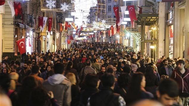 L'avenue Istiklal à Istanboul, en Turquie