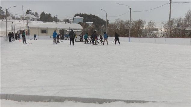 Une glace extérieure importante pour les résidents de Petit-Matane.