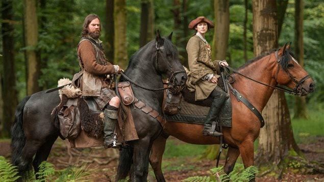 Scène tirée de la série <em>Outlander : le chardon et le tartan</em>
