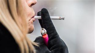 Les anciens fumeurs plus à risque d'un cancer du poumon 15 ans plus tard