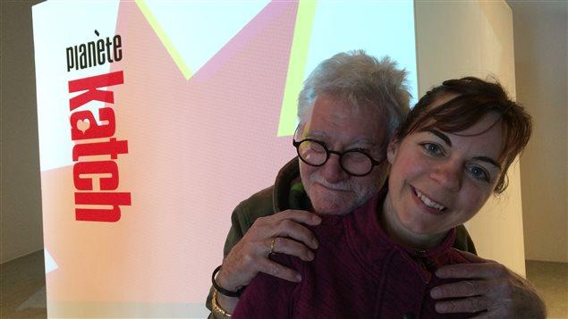 L'artiste pop art Roger Katch et Fleurdelise Dumais, membre du Collectif 5 1