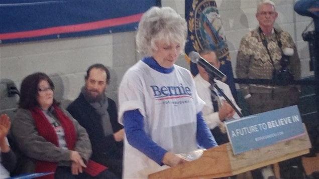 Mary Stockwell s'engage pour la première fois de sa vie en politique.