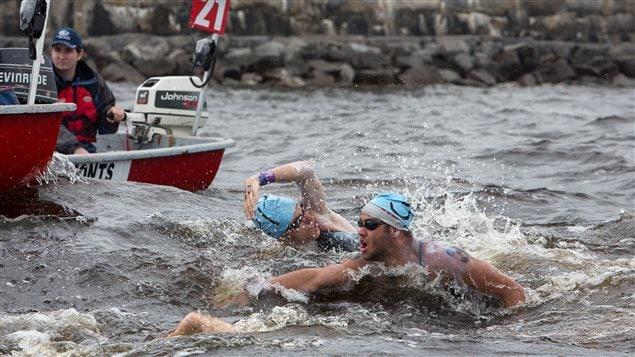 La Travers�e attire des nageurs de partout dans le monde.