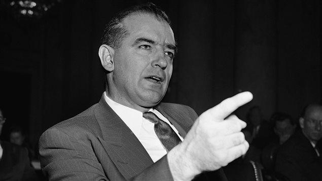 Le sénateur Joseph McCarthy en 1950
