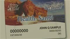 La nouvelle carte d'assurance-maladie de l'Île-du-Prince-Édouard est bilingue.