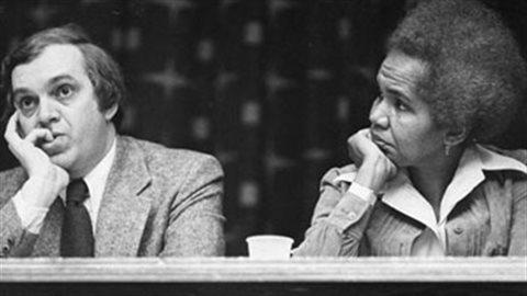 Ed Broadbent et Rosemary Brown en 1974