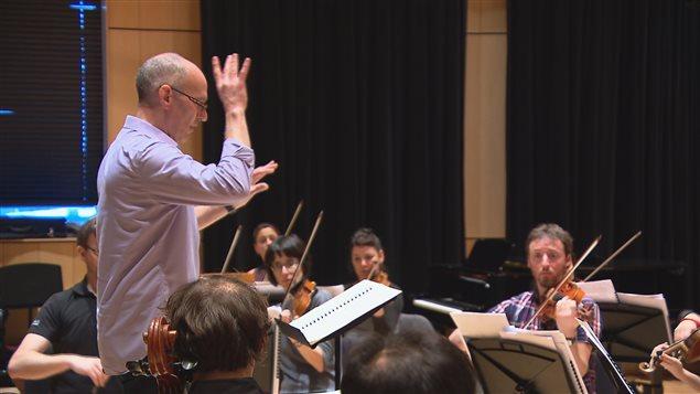 Luc Chaput dirigeait l'Orchestre symphonique de l'Estuaire depuis 11 ans.