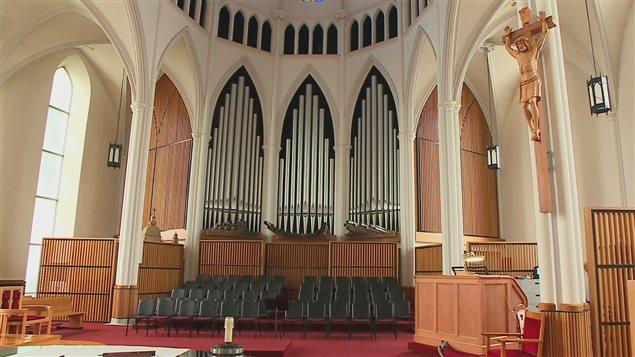 L'orgue Casavant de la cathédrale de Rimouski compte plus de 4000 tuyaux.