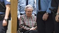 Le dossier de Lise Thibault revient devant la cour aujourd'hui pour une étape très importante. L'avocat de l'ex-lieutenante-gouverneure tentera de convaincre la cour d'appel de lui permettre de purger les 18 mois de prison qui lui ont été imposés dans la communauté. Détails avec le journaliste Yannick Bergeron.