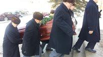 Jour de funérailles pour les victimes québécoises des attentats au Burkina Faso