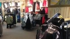 - Ralentissement attendu dans le commerce de vêtements- Le prix du pétrole devrait demeurer bas pendant une décennie- Pubs du Super Bowl: Payton Manning vole la vedette