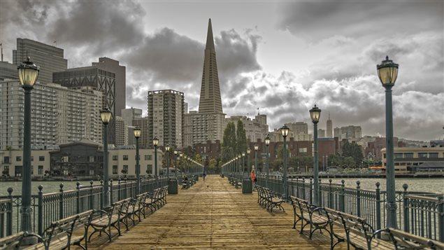 Un quai piétonnier à San Francisco
