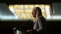 Il faudra du temps pour établir des cibles de réduction des gaz à effet de serre, dit McKenna
