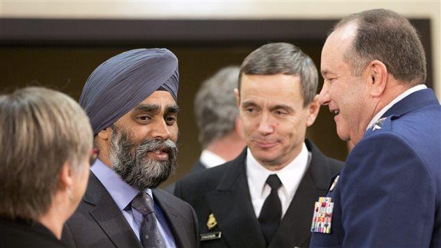 Le ministre canadien de la D�fense, Harjit Sajjan lors de la rencontre de l'Organisation du trait� de l'Atlantique nord � Bruxelles.