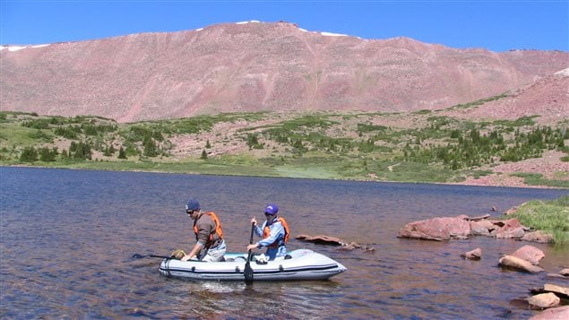 Samples of lake water in Utah, U.S. were taken and analysed to see where nitrogen pollution came from.