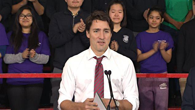 Le premier ministre Trudeau à Toronto annonce un programme d'emplois pour les jeunes.