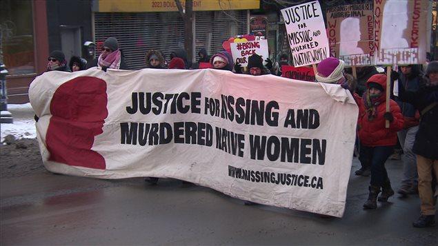 Marcha en Canadá pidiendo justicia para las mujeres indígenas asesinadas o desaparecidas