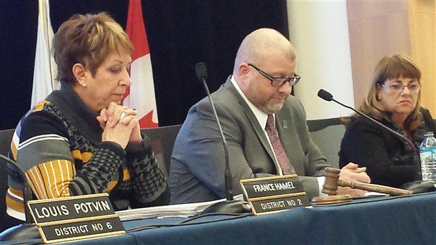 Le maire de Saint-Augustin, Sylvain Juneau, n'a pu convaincre les conseillers municipaux d'accepter le projet d'entente sur les frais d'agglomération.