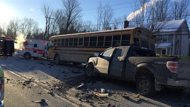 Accident impliquant un autobus scolaire à Cookshire-Eaton