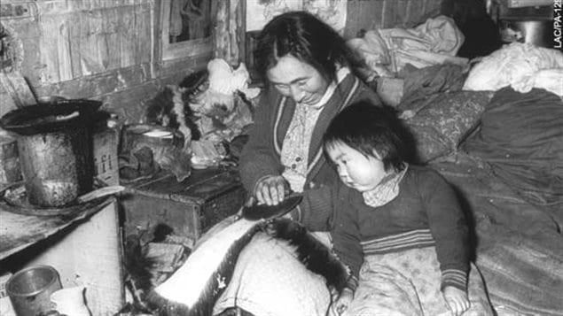 Bata Inuits Kamiks La Chaussure Les Musée Toronto Exposés De À Au K3FJlcT1