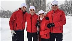 Martine accompagne l'équipe Mallette dans leur entraînement pour le défi corporatif du Pentathlon des neiges.