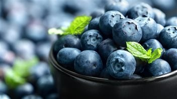Eating more fruit and vegetables can make a big difference in health, say dietitians.