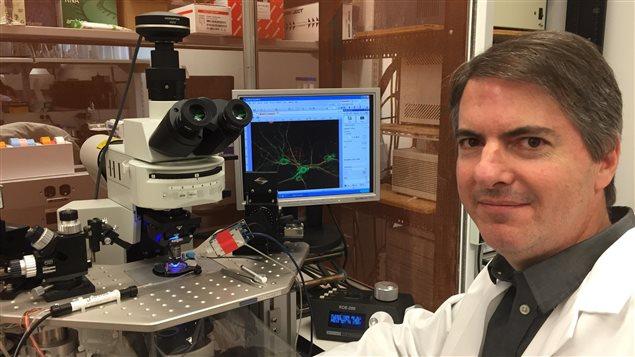 Professeur Michael F Jackson chercheur au programme de recherche en Neuroscience � l�institue Kleysen de M�decine avanc�  au Centre des Sciences de la Sant� de Winnipeg, Universit� du Manitoba.