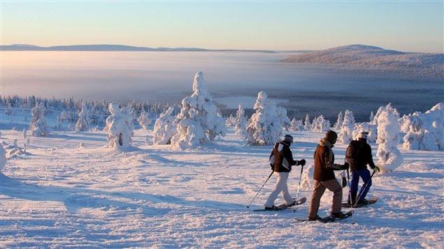 Une randonnée en raquettes en Finlande