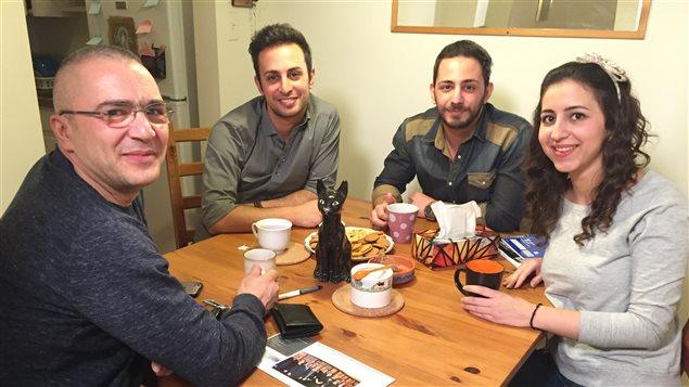 Membres de la famille de Bassem Issak