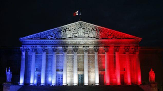 Assemblée nationale à Paris une semaine après les attrentats terroristes en novembre 2015