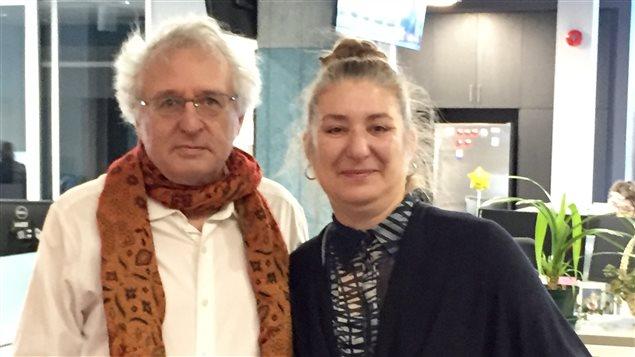 Simon Laflamme, professeur titulaire au Département de sociologie de l'Université Laurentienne et Julie Boissonneault, professeure agrégée au Département de français