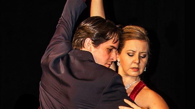 Marika Landry y Jonas Iñiguez, bailarines