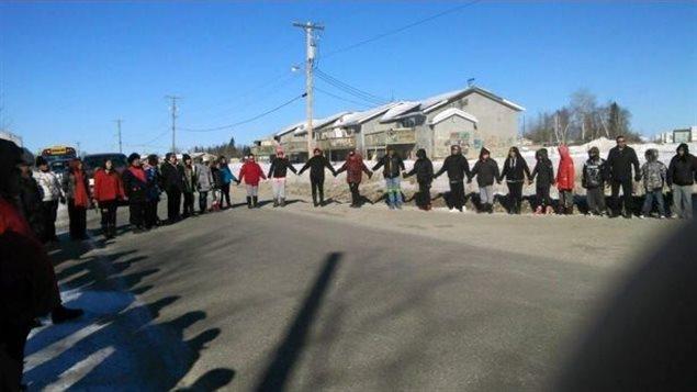 Une marche pour la prévention du suicide à Pimicikamak