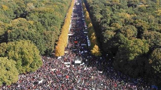 Oct 2015 250,000 anti-CETA, anti-TTIP protesters in Berlin