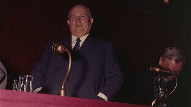 Nikita Khrouchtchev lors d�une conf�rence de presse � Londres le 27 avril 1956
