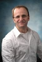 Sylvain Gagnon (PhD) is a professor at the School of Psychology at the University of Ottawa and Director of the Cognitive Ageing and Driving Lab.