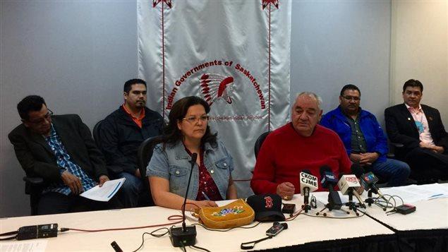 Des représentants de la Fédération des nations indiennes de la Saskatchewan demandent l'aide des trois niveaux de gouvernement pour faire face à une crise en santé mentale dans les réserves autochtones.