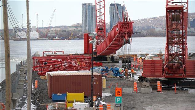 Construction du futur pont Champlain