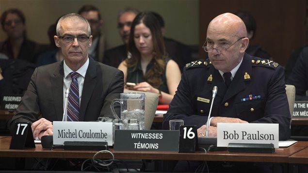 Le commissaire de la GRC, Bob Paulson, et le directeur du SCRS Michel Coulombe.