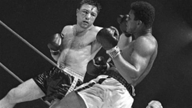 At the last moment Chuvalo hammers Ali, but it was not enough for the win.