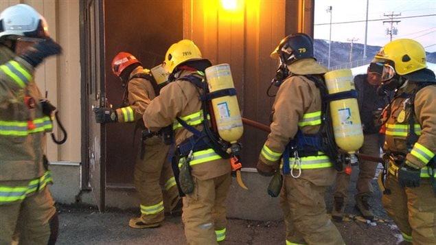 stress post traumatique les pompiers s 39 outillent y a pas deux matins pareils ici radio. Black Bedroom Furniture Sets. Home Design Ideas