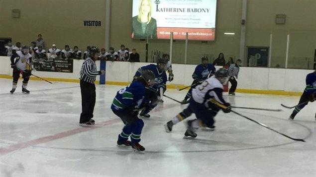 L'édition 2016 du tournoi de hockey franco-ontarien se déroule à Whitby.