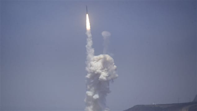 A flight test of the exercising elements of the Ground-Based Midcourse Defense (GMD) system is launched by the 30th Space Wing and the U.S. Missile Defense Agency at the Vandenberg AFB, California June 22, 2014.
