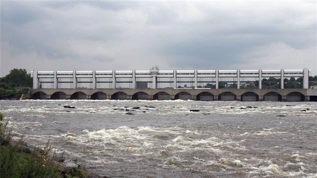 Barrage de la centrale de la Rivière-des-Prairies