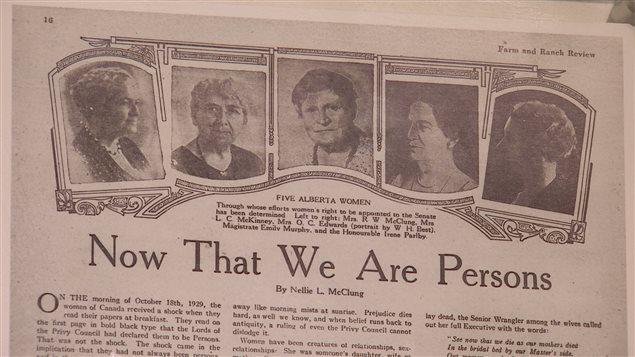 Les cinq femmes à l'origine du droit de vote pour les femmes en Alberta. De gauche à droite : Nellie McClung, Louise McKinney, Henrietta Muir Edwards, Emily Murphy et Irene Parlby