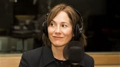 La physicienne Nadia Capolla, auteure du livre �O� se cachent les nanos? D�mystifier les nanotechnologies� aux �ditions MultiMondes