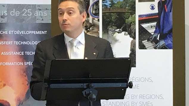 François-Philippe Champagne annonce 1,5 M$ au Centre de métallurgie du Québec