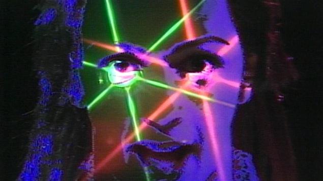 Image tirée du film <i>Montréal New Wave</i>, d'Érik Cimon, et provenant originalement du vidéoclip de la chanson <i>Métal</i>, du groupe Soupir